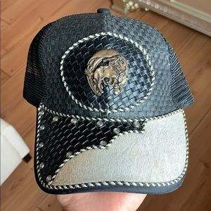 Black straw trucker cap